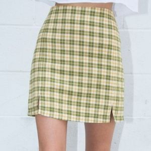 Brandy Melville Cara Skirt green yellow Plaid